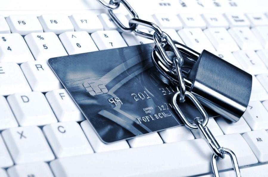 Бухгалтер пропал счета и личные карты заблокировали