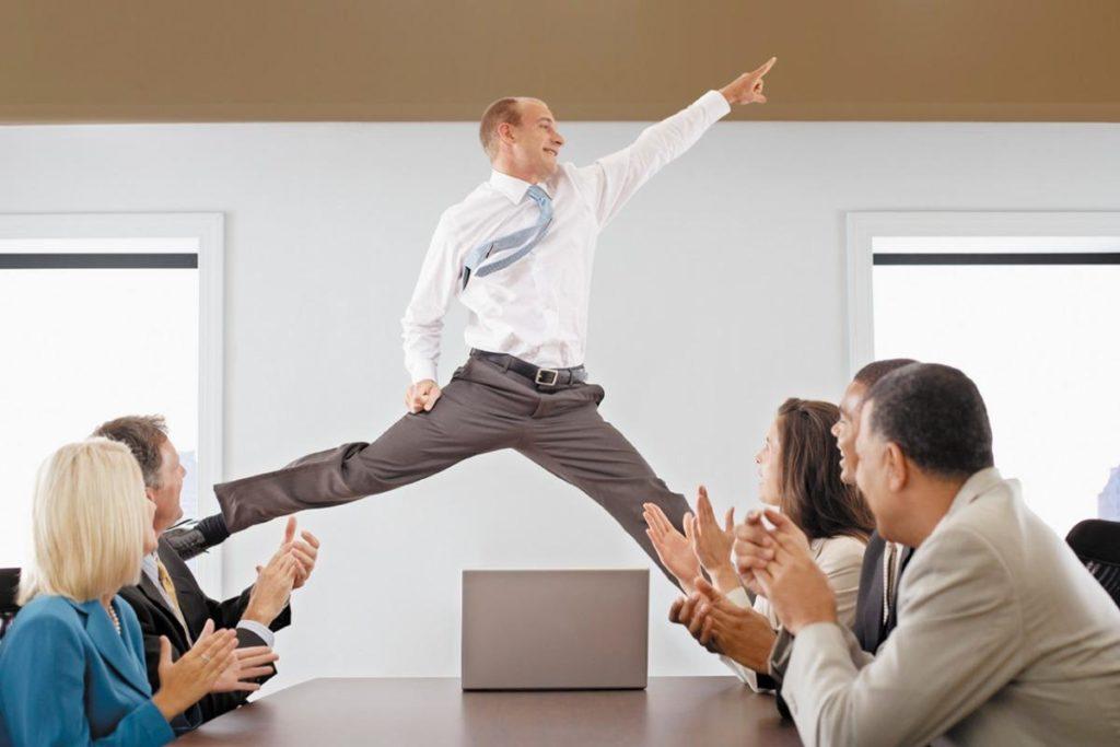 Как уволить главного бухгалтера по собственному желанию